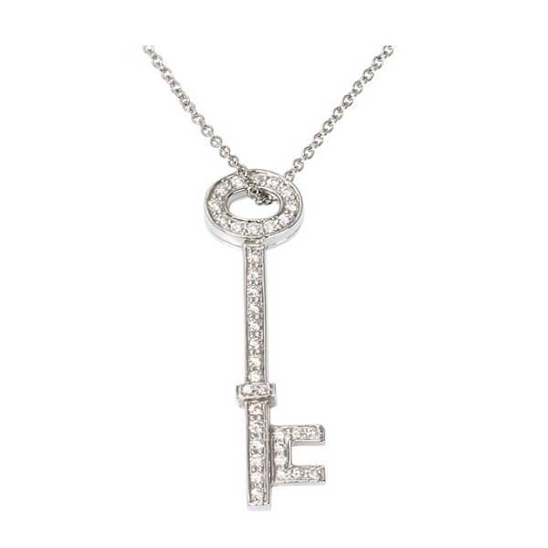 オーバルキー ダイヤ ネックレス