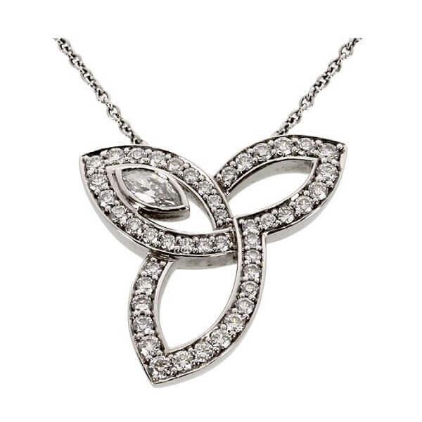 リリークラスター ダイヤ ネックレス